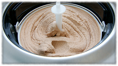 Rezept für cremiges Sahneeis: Eismaschine